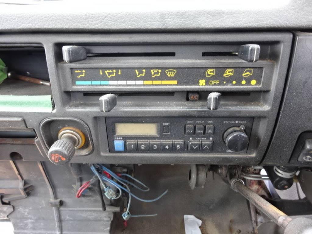 Used 1990 MT Mitsubishi Canter FE435E Image[12]