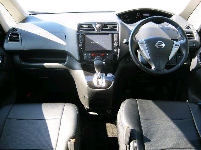 Used 2015 CVT Nissan Serena DAA-HFC26 Image[1]