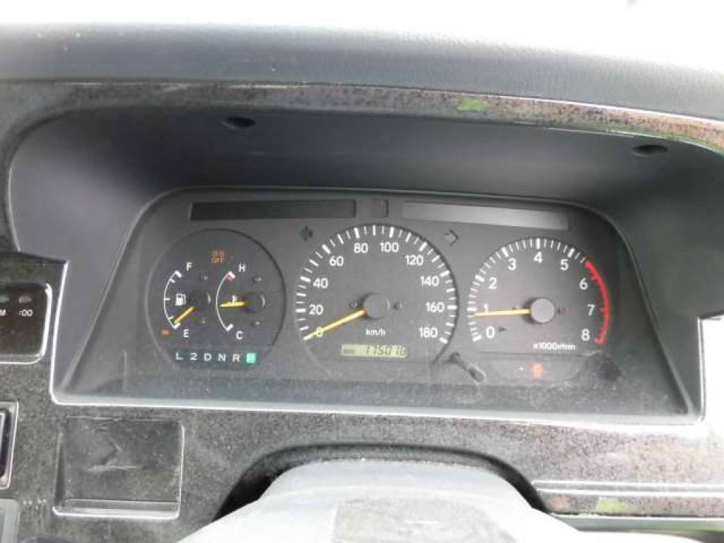 Used 2003 AT Toyota Hiace Van RZH112V Image[16]