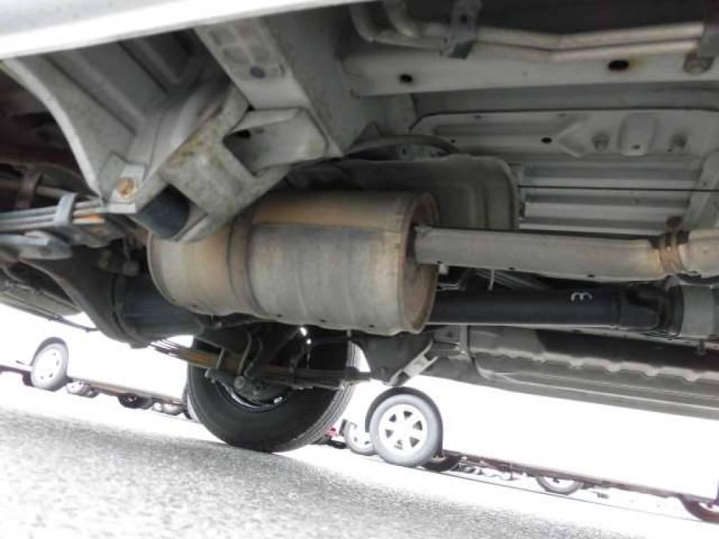 Used 2003 AT Toyota Hiace Van RZH112V Image[29]