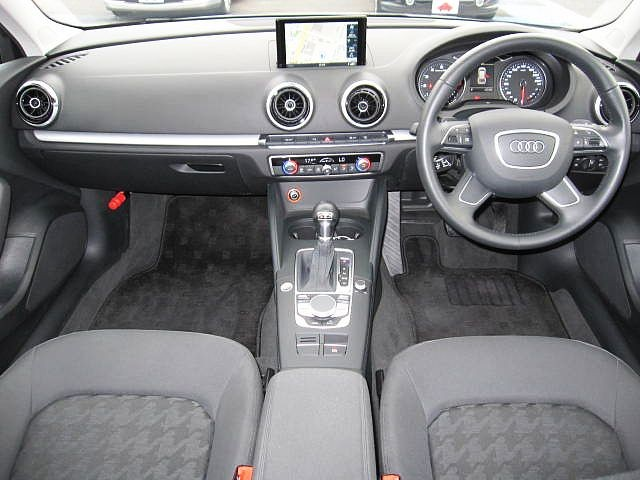Used 2015 AT Audi A3 DBA-8VCXS Image[1]