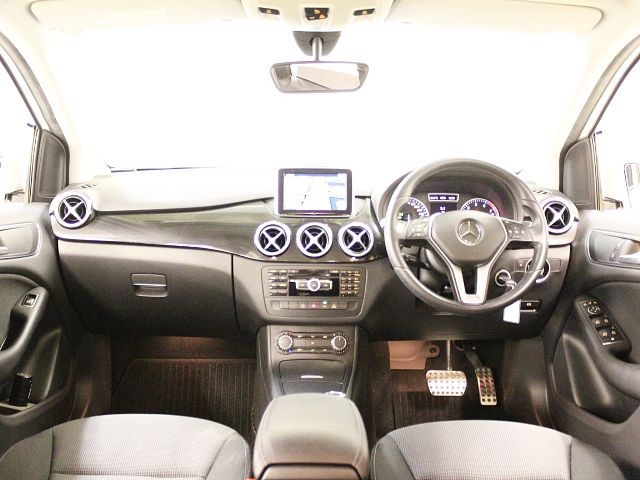 Used 2012 AT Mercedes Benz B-Class DBA-246242 Image[1]