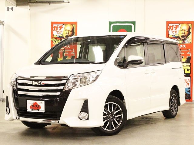 Used 2014 CVT Toyota Noah DBA-ZRR80W