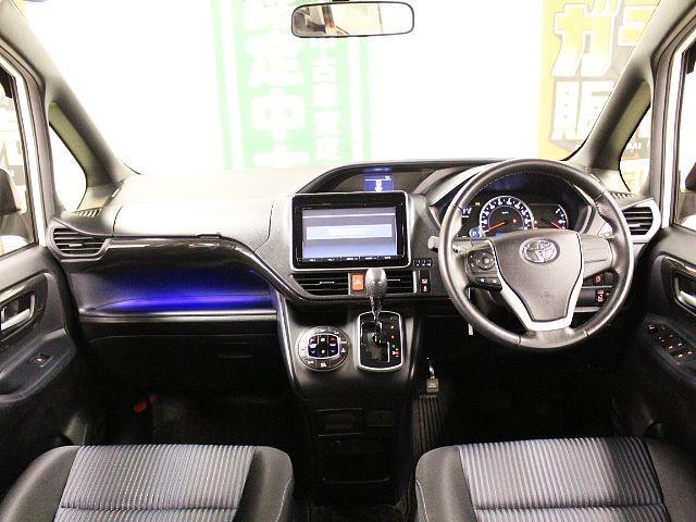 Used 2014 CVT Toyota Noah DBA-ZRR80W Image[1]