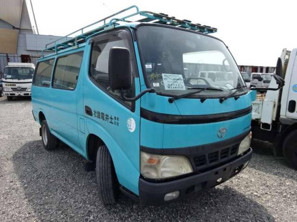 Used 2004 MT Toyota Dyna Root Van BU306V