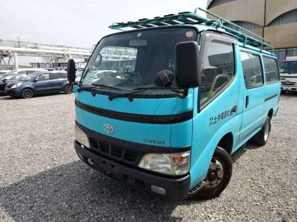 Used 2004 MT Toyota Toyoace Root Van BU306V Image[1]