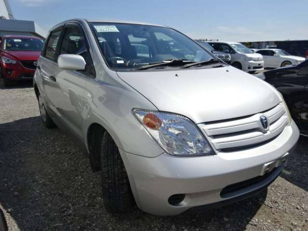 Used 2004 AT Toyota IST NCP65