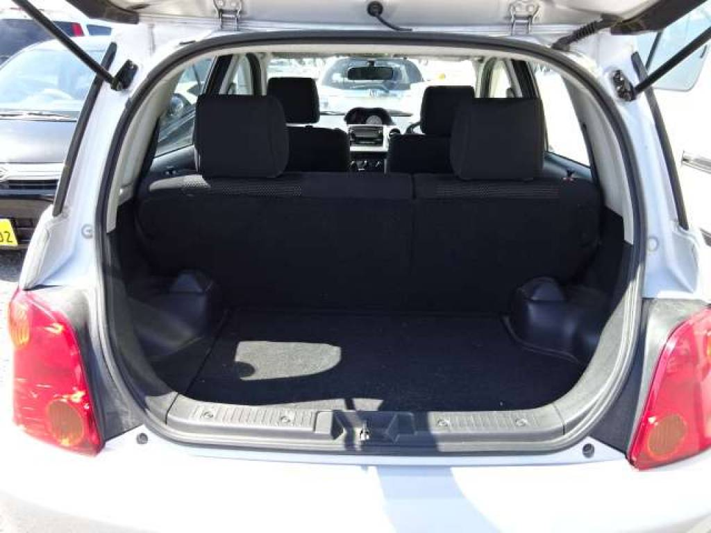 Used 2004 AT Toyota IST NCP65 Image[11]