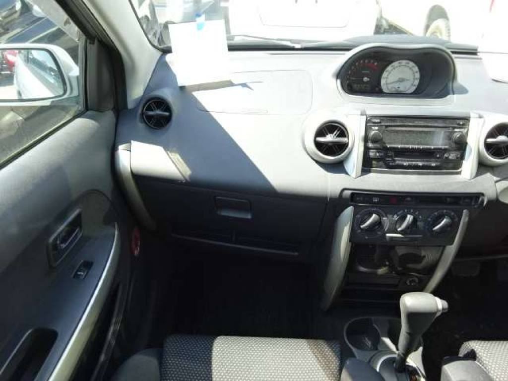 Used 2004 AT Toyota IST NCP65 Image[13]