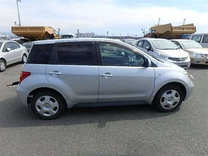 Used 2004 AT Toyota IST NCP60 Image[5]