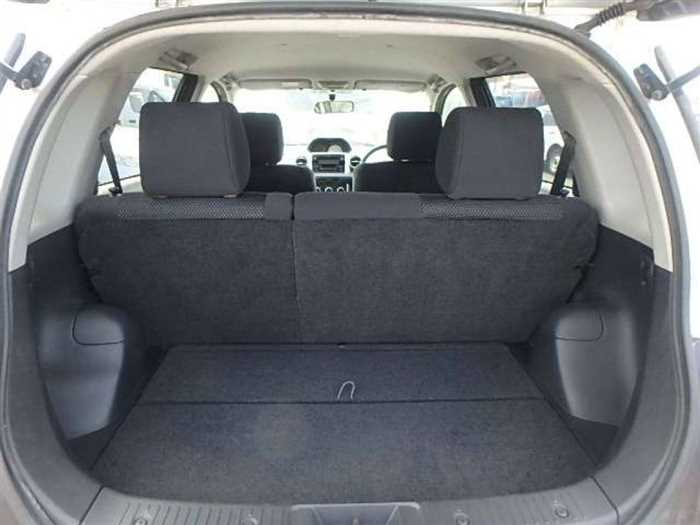 Used 2004 AT Toyota IST NCP60 Image[9]