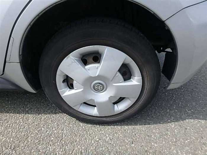 Used 2004 AT Toyota IST NCP60 Image[28]