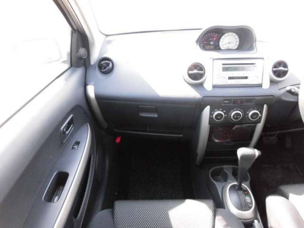 Used 2004 AT Toyota IST NCP60 Image[12]