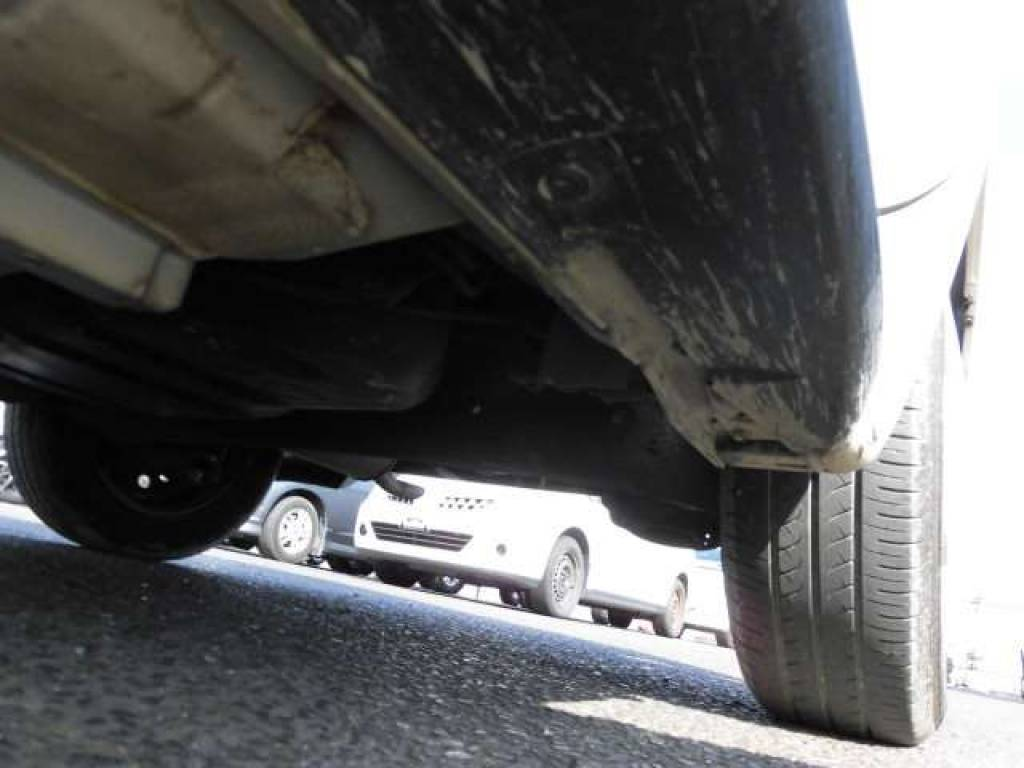 Used 2004 AT Toyota IST NCP60 Image[21]