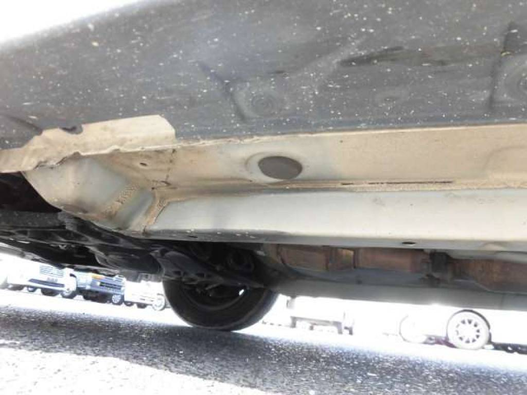 Used 2004 AT Toyota IST NCP60 Image[25]