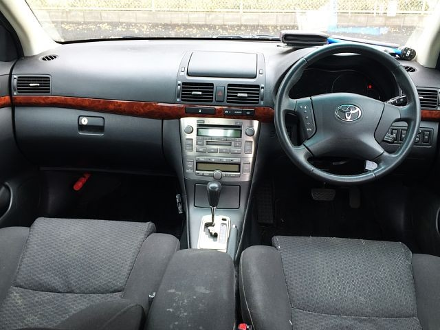 Used 2004 AT Toyota Avensis CBA-AZT250 Image[1]